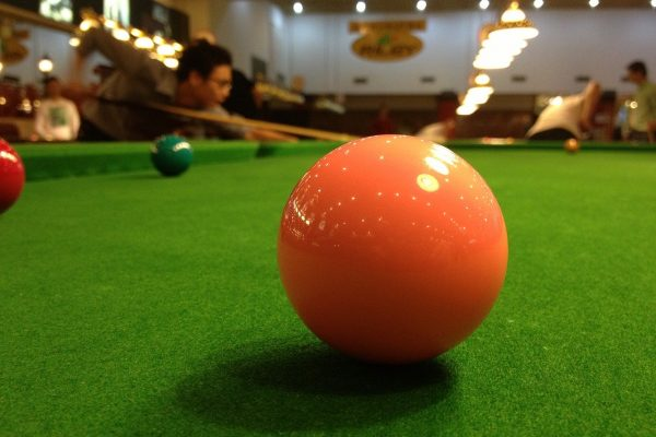 billiard-708933_1280
