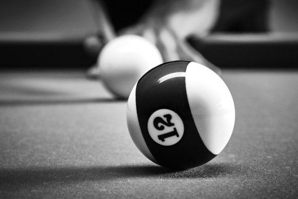 billiards-4345870_1280